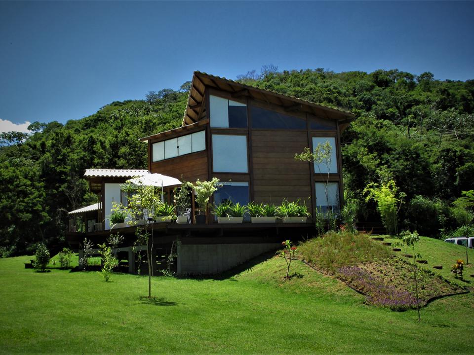 Casa de madeira pré fabricada, Casa de madeira HOME PROJETOS